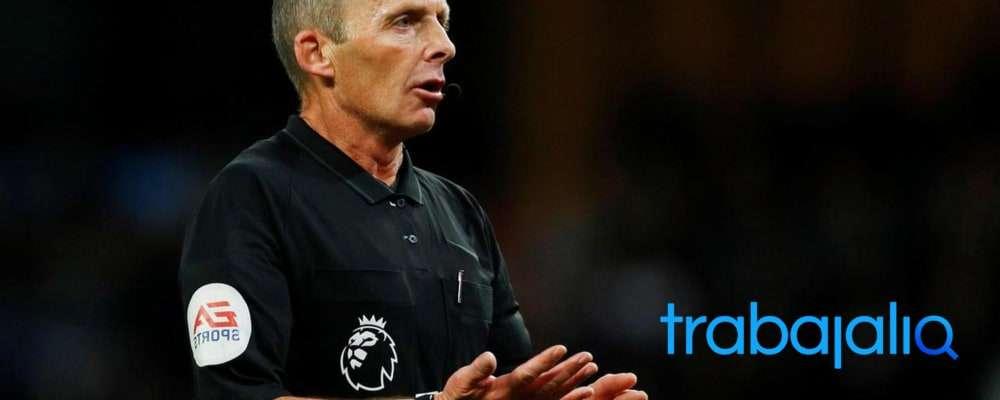 Qué es y qué hace un árbitro de fútbol